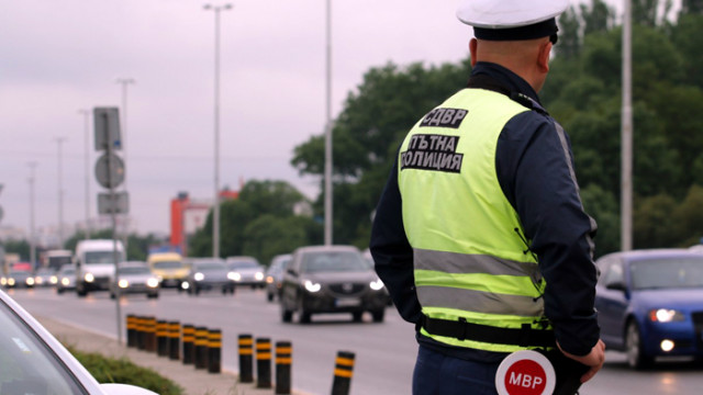 За три дни: Глобиха над 17 хиляди шофьори, превишили скоростта на пътя