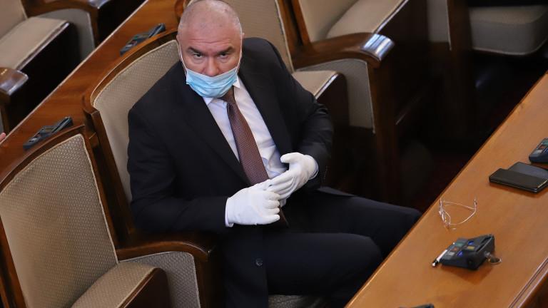 Марешки обеща, че ще покаже документи доказващи невиността му