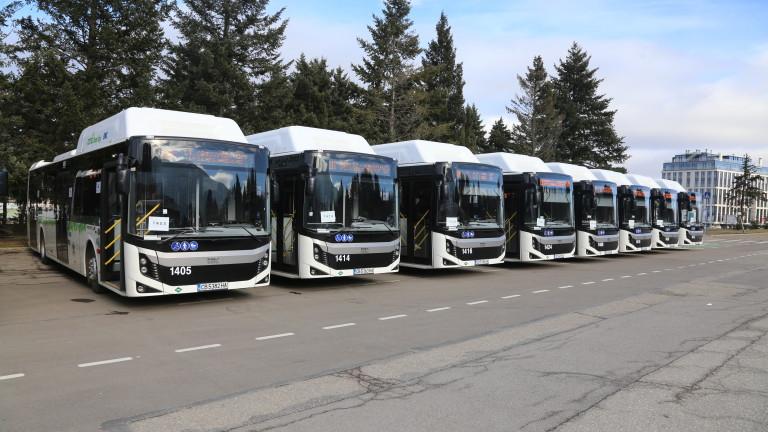 Държавата подпомага превозвачите и при дистанционно обучение