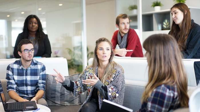 """Натрупване на 1 година трудов стаж ще имат младежите по програма """"Старт в кариерата"""""""