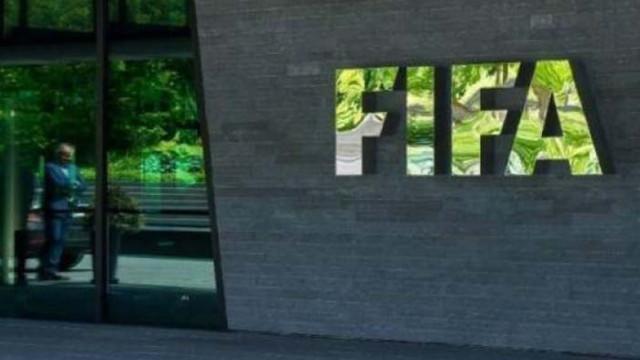 От ФИФА: Клубният футбол губи 1/3 от стойността си заради COVID-19