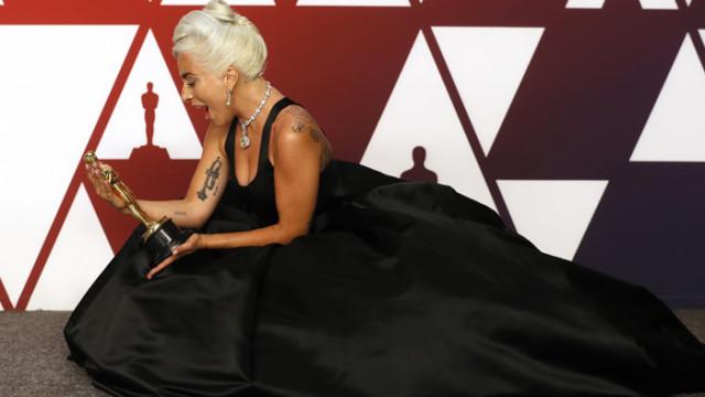 Лейди Гага: Славата не носи щастие