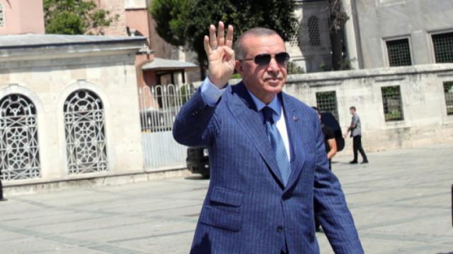 Ердоган обяви: Турция изтегли кораба Oruc Reis, за да позволи дипломация с Гърция