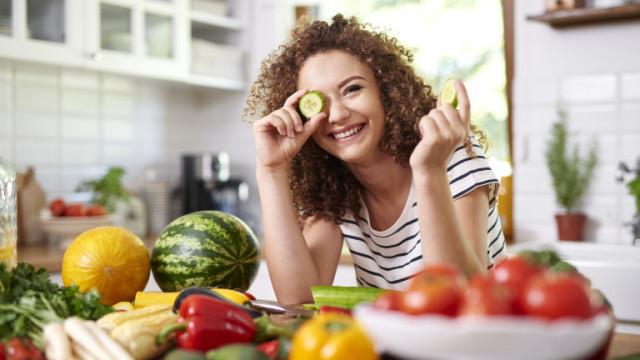 Пестицидите, плодовете, зеленчуците и как да ги премахнем