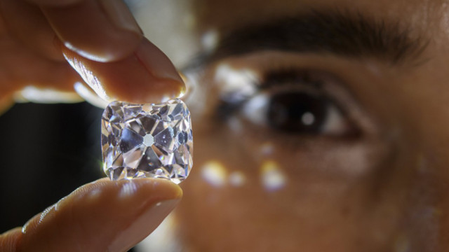 Как ни влияят скъпоценните камъни