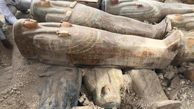 Египет откри 27 ковчега на 2 500 години