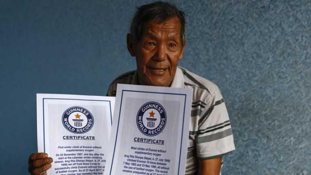 Легендата на Еверест Анг Рита почина на 72 години