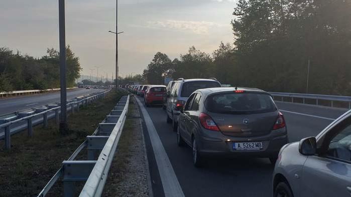 Задръстване на Аспарухов мост във Варна