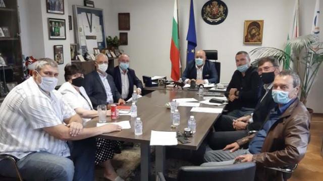 Красен Кралев: На първи октомври спортните зали ще бъдат отворени за публика