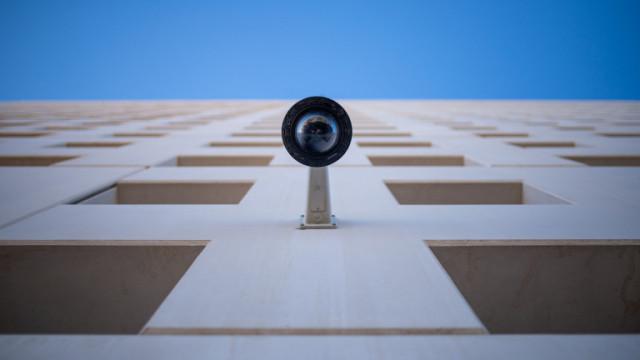 Приложенията, които превръщат стария смартфон в камера за сигурност