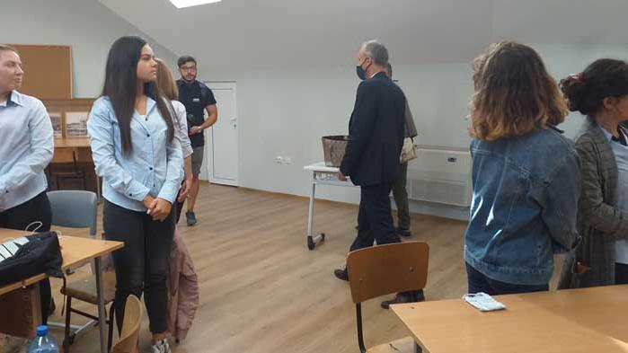 Официално откриха ремонтираната търговска гимназия във Варна