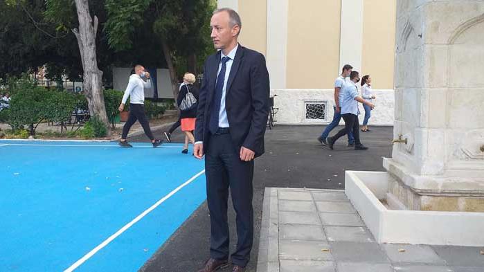 Министър Красимир Вълчев: Всяка година около 500 деца след 6 клас отпадат от образователната система
