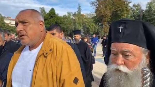 """Борисов е на посещение в новия катедрален храм """"Св.Св. Кирил и Методий"""" в Ловеч"""