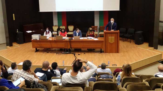 Отпускат средства за модернизация на варненско читалище и инфраструктура край Варна