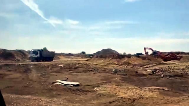 Борисов инспектира строителството на спортната зала в Бургас