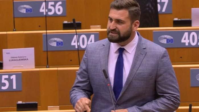 Новаков:Да се изправиш в ЕП и да кажеш, че в България обгазяват деца... Трябва да има граници!