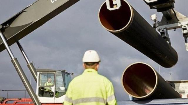 """""""Газпром"""" сам ще довърши """"Северен поток 2"""""""