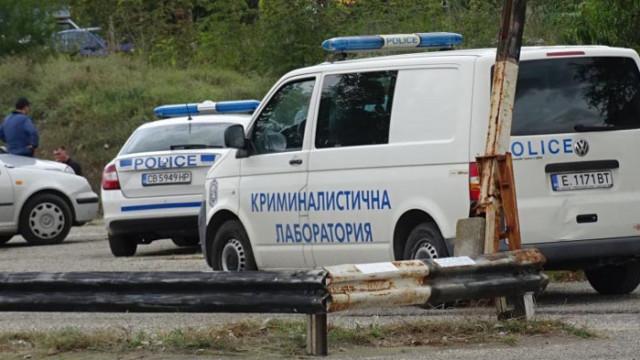 Край Благоевград: Патрулки и криминалистична лаборатория обградиха автомобил