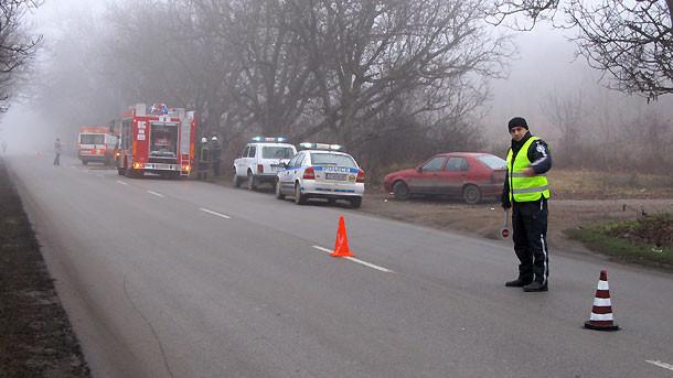 Две дами от с. Любен Каравелово катастрофираха на пътя Варна -Добрич в два различни инцидента
