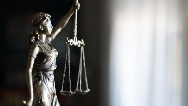 Повдигат обвинения на служителка на РЗИ заради нарушаване на карантина