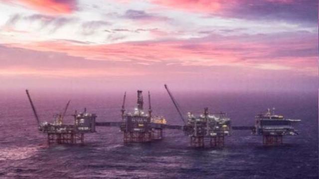 Норвегия свали цената на петрола