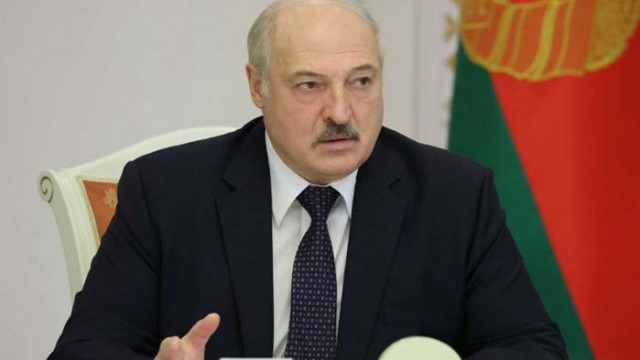 Лукашенко на консултации с опозицията, наложи му се да ги посети… в затвора