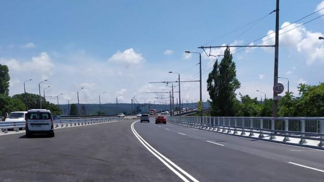 Община Варна възстановява 350 м. откраднат захранващ кабел от Аспарухов мост