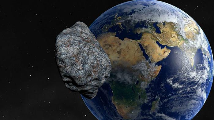 Опасен астероид преминава близо до Земята