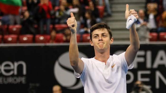 Испанец надви Лазаров на полуфиналите в Египет
