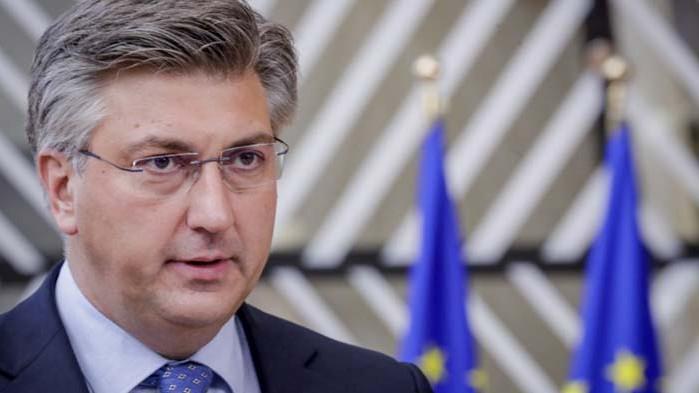 Смъртни заплахи и бял прах получи премиерът на Хърватия Андрей Пленкович
