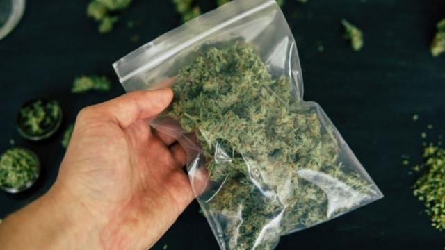 Полицията задържа наркопласьор от Варна