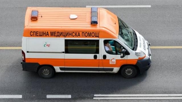 Трудова злополука: 35-годишен мъж е в болница след падане от осмия етаж