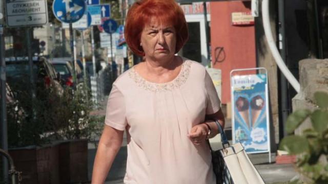 """Бивша лидерка на столичното БСП припадна, шокирана от броя напускащи социалисти в район """"Триадица"""