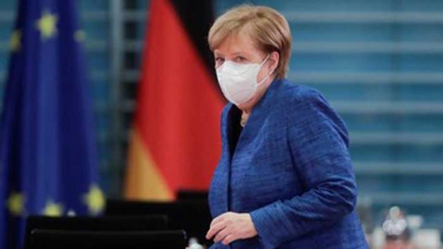 Европа затяга COVID мерките