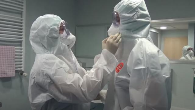 РЗИ-Варна търси лекари за работа с пациенти с COVID-19