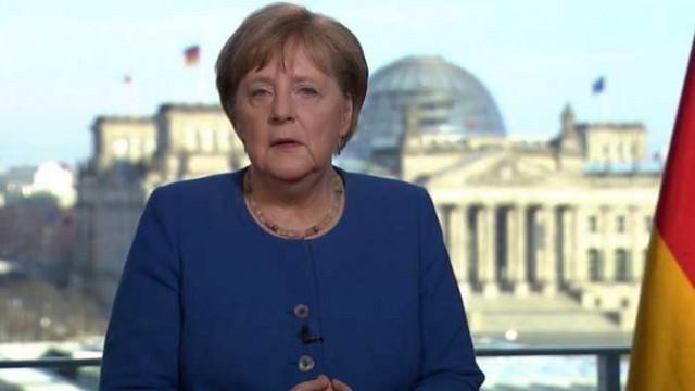 Ангела Меркел поиска от германците да си останат вкъщи