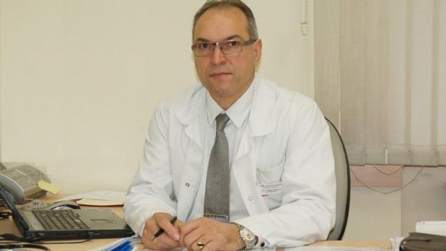 """Шефът на """"Александровска"""": Закъсняхме с е-обучението, но заразата не е изпусната"""