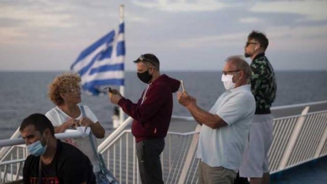 България сред петте страни с най-много заразени туристи в Гърция