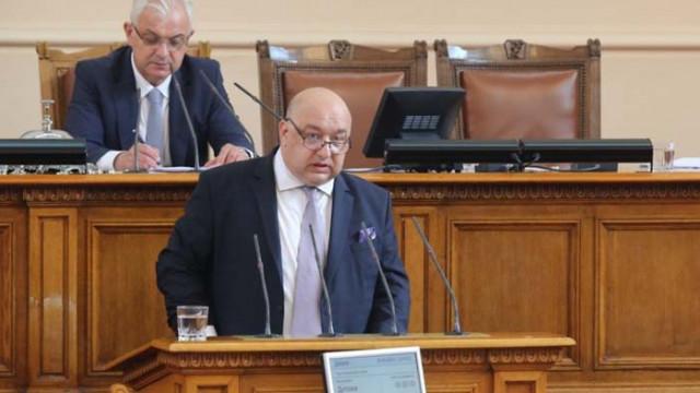 Красен Кралев: Планираме двойно увеличение на бюджета към клубовете по програмата за развитие