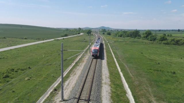 23-годишна жена от с. Китанчево е прегазена от влак, след като е лежала на жп линията
