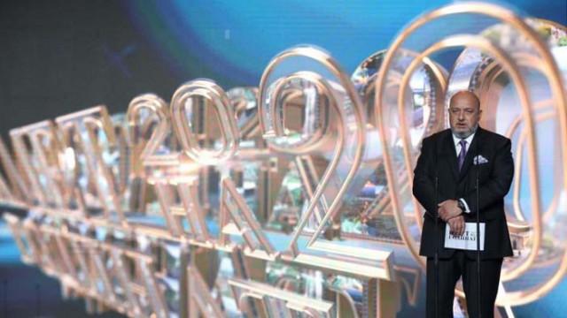 """Кралев връчи призовете в категория """"Спорт и младежки политики"""" на церемонията """"Кмет на годината"""""""