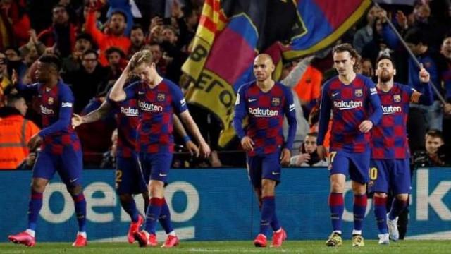Банкрут застрашава Барселона, ако не намалят заплатите