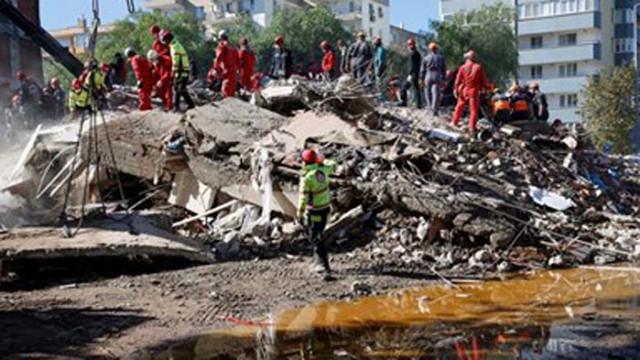 Жертвите на земетресението в Измир станаха 91
