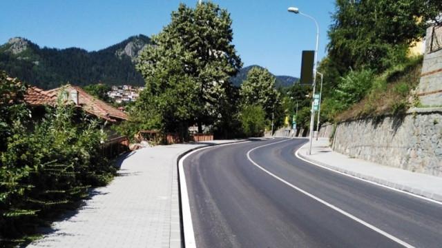 Рехабилитира се още пътя Смолян - Стойките - Широка лъка