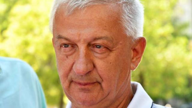 Крушарски разкри причината за раздялата на Акрапович с Локо Пд
