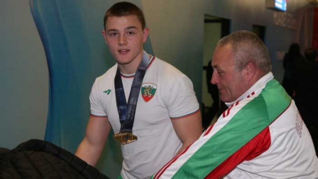 Българин спечели златен медал на Световната купа по вдигане на тежести