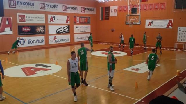 Баскетболните национали започнаха тренировки, има една промяна в състава