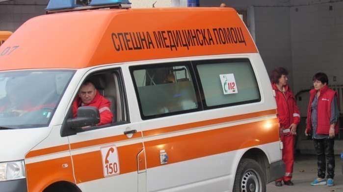 Много заразени с коронавирус сред персонала на Спешната помощ в Благоевград