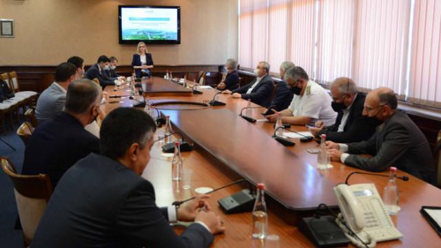 ИПИ представи проект за нов икономически профил на Варна