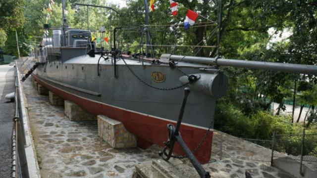 Военноморският музей във Варна затваря за посетители вътрешните изложбени зали